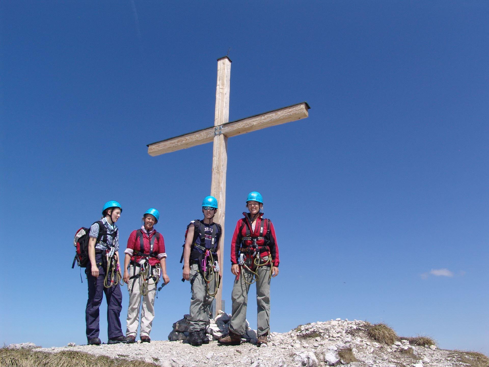 Zugspitze Klettersteigset Leihen : Tour Österreichisches schneekar und stopselzieher u zugspitze
