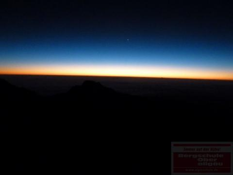 Kilimanjaro Besteigung - Morgenstimmung am Gilmans Point